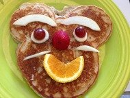 kids crafty pancake face